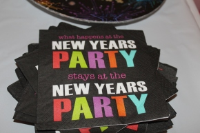 How To Throw a New Year's Eve Party- Toddler Style!